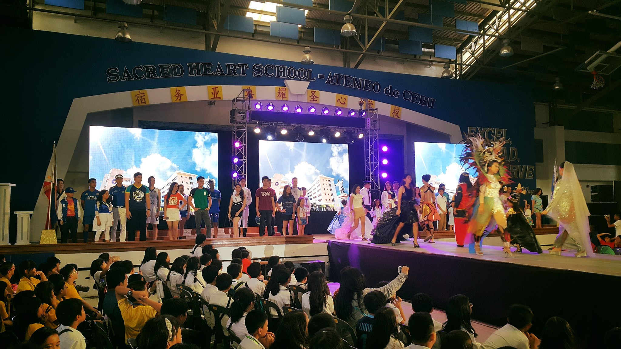 EAGLES ON THE RUNWAY: A FASHION SHOW FOR A CAUSE